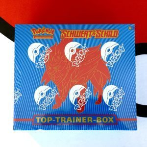 Schwert Schild Top Trainer Box Zamazenta DE CardCollectors